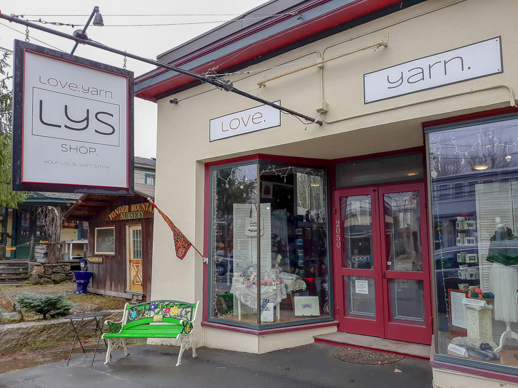 Love.Yarn.Shop storefront in Bethlehem, NH