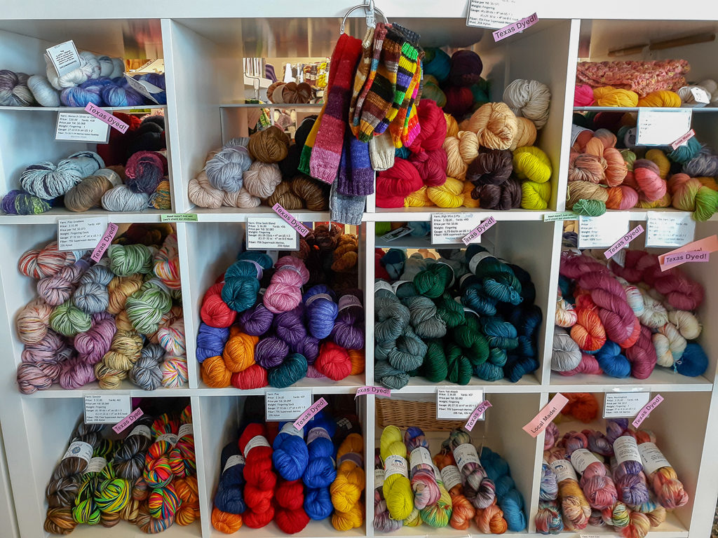 Display of fingering yarn on shelves