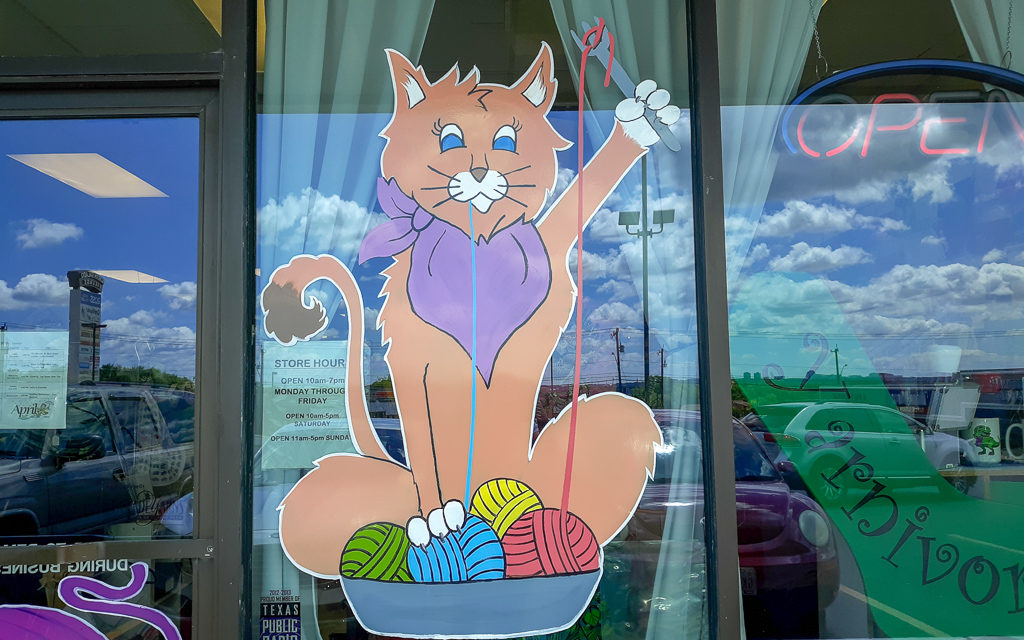 Image of Yarnivore Storefront of a cat